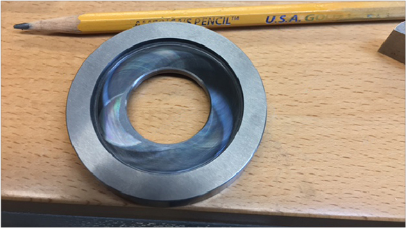 The counter bore in this solid carbide roll was ground with a DATRON neo outfitted with a diamond wheel.
